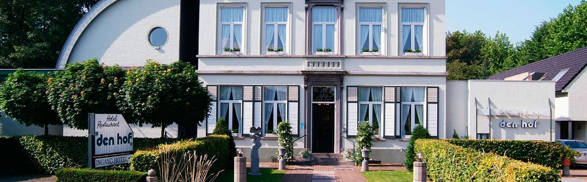 Hotel-Restaurant Den Hof - edit_VOORGEVEL.jpg