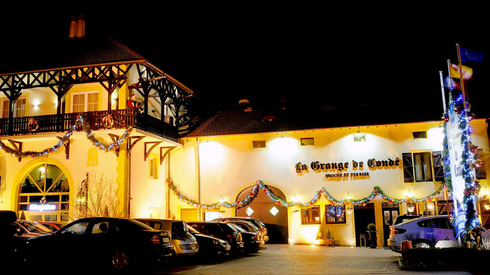 La Grange de Condé - Edit_Front.jpg