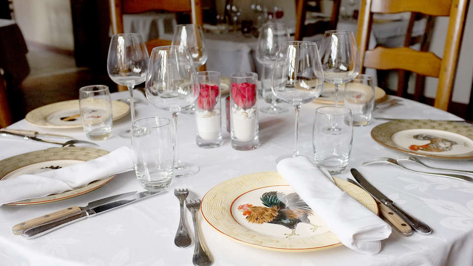 La Grange de Condé - Edit_Restaurant3.jpg