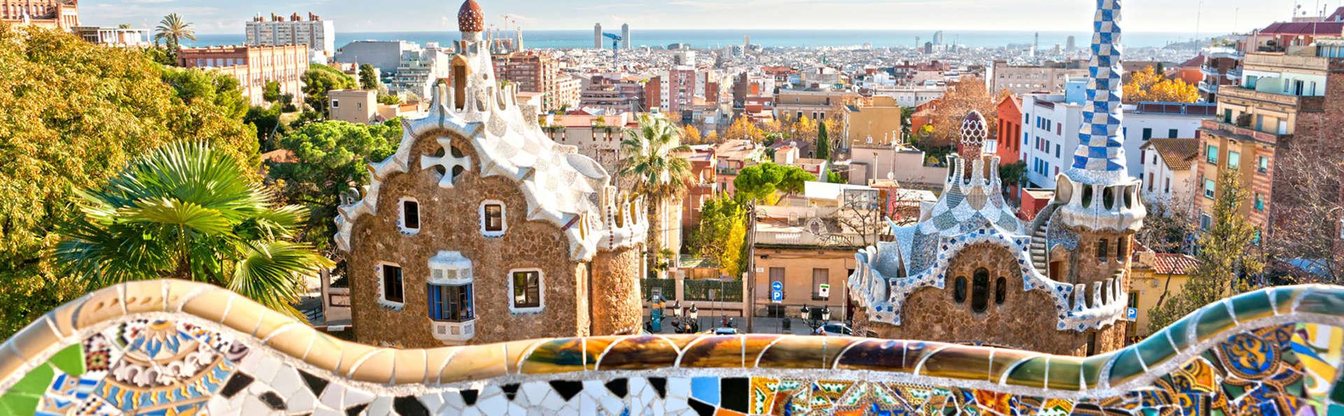 Escapada en familia o con amigos en el centro de Barcelona con desayuno incluido