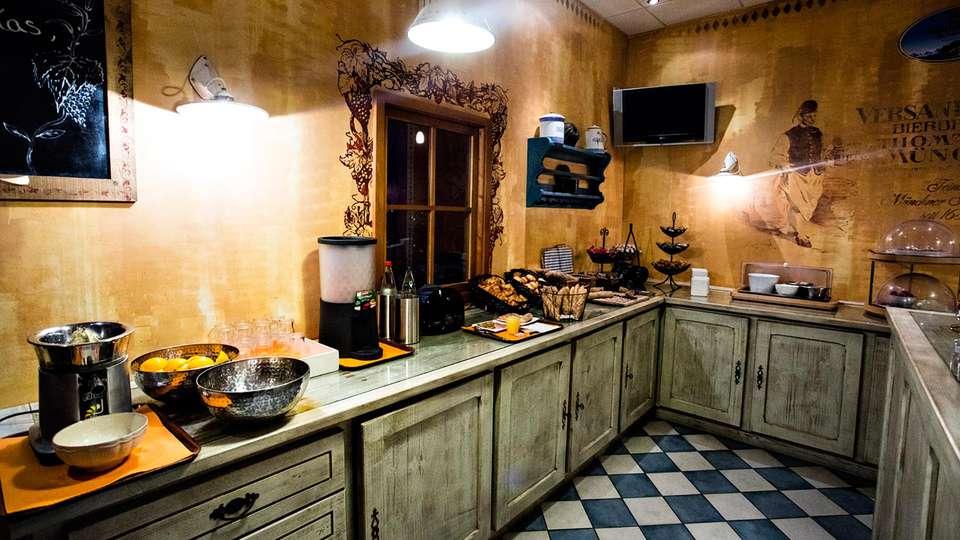 Hôtel & Spa - Moulin de Moissac  - edit_kitchen.jpg