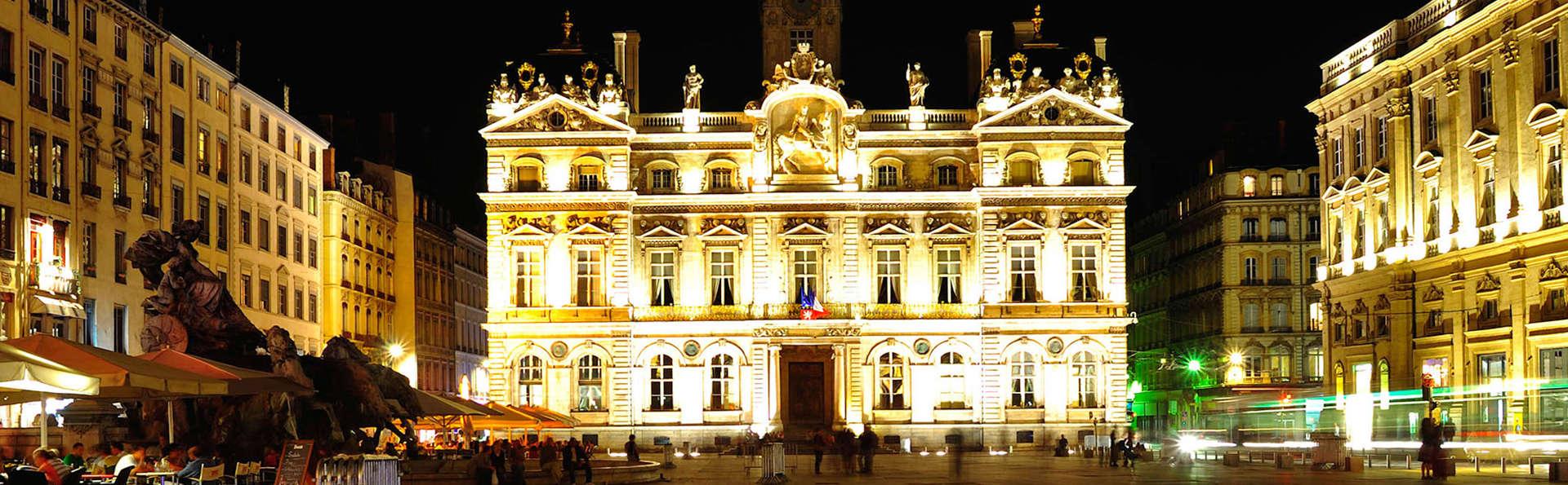 Hôtel Globe et Cecil - edit_destino2.jpg