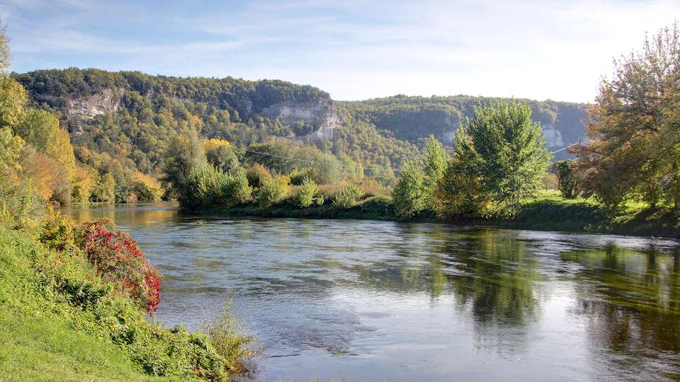 Vacancéole - Résidence Le Clos du Rocher - Edit_destination3.jpg
