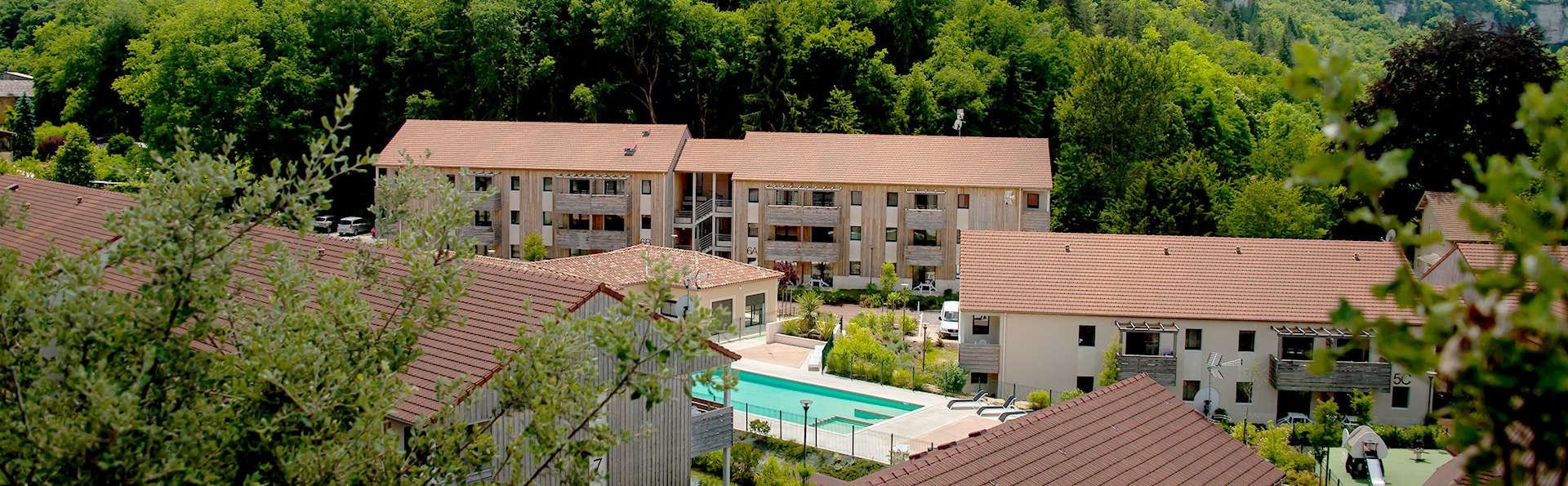 Vacancéole - Résidence Le Clos du Rocher - Edit_Front2.jpg