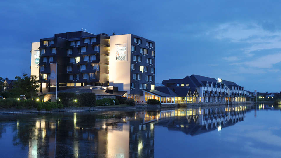 Hotel les Salines & Spa Resort by Thalazur - edit_facade.jpg