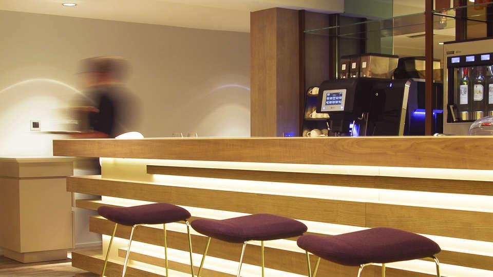 Hotel les Salines & Spa Resort by Thalazur - edit_bar2.jpg