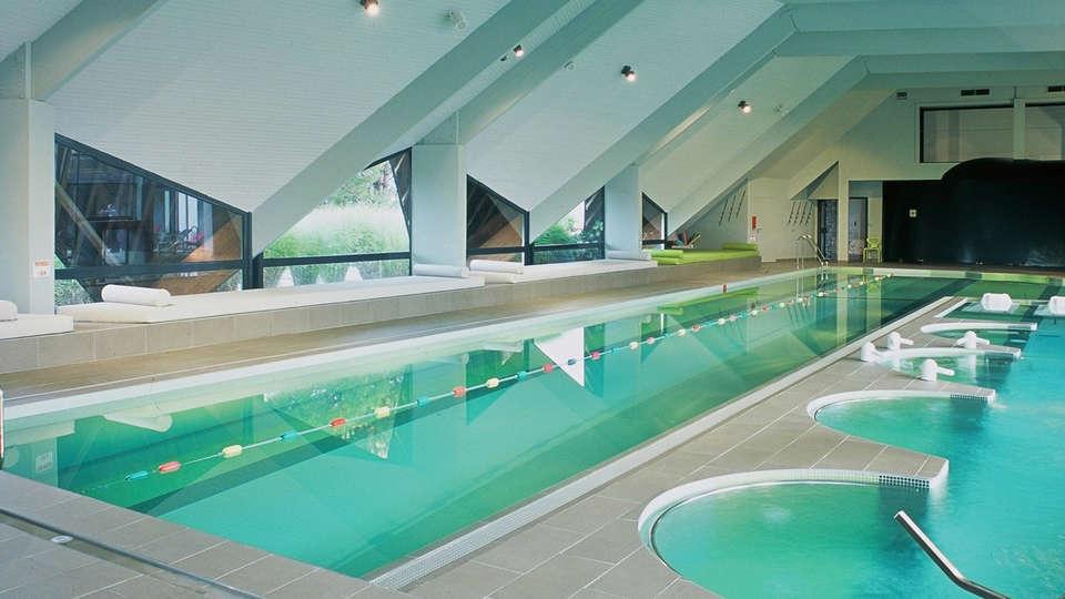 Hotel les Salines & Spa Resort by Thalazur - edit_pool.jpg
