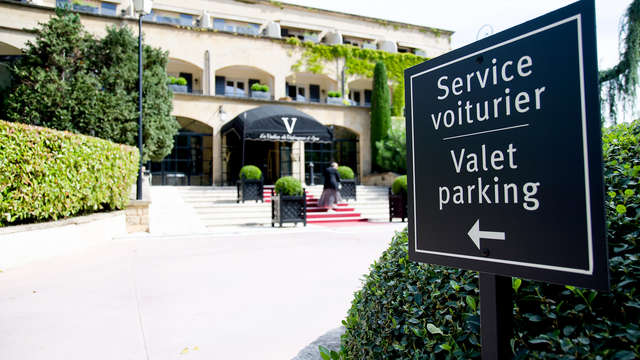 Hotel Le Vallon de Valrugues et Spa