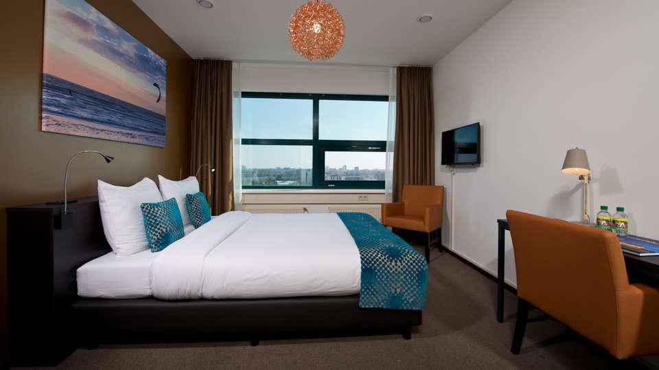 The Hague Teleport Hotel - Edit_Room9.jpg
