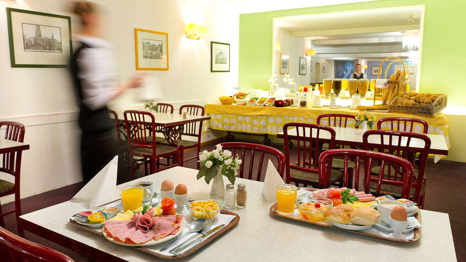 Century Hotel Antwerpen Centrum - edit_breakfast.jpg