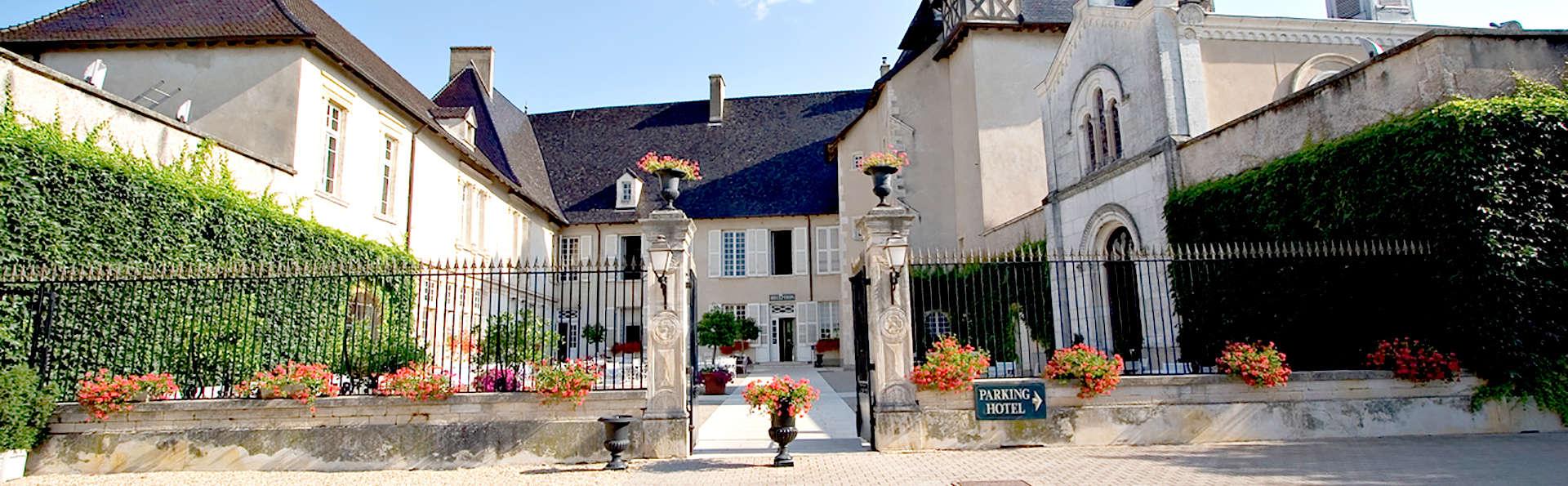 Château de Pizay  - Edit_front2.jpg