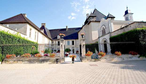 Chateau de Pizay - front