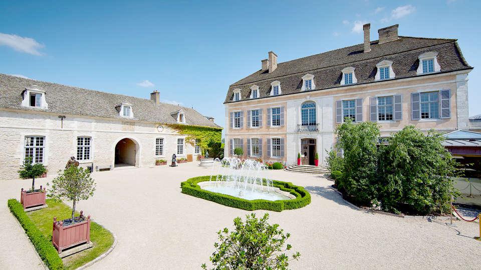Château de Saulon - Edit_Room7.jpg