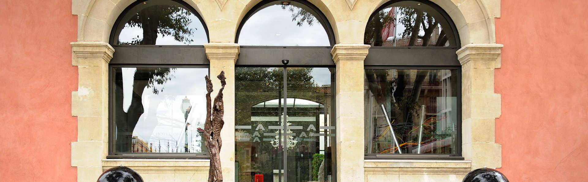 New Hôtel Of Marseille - edit_facade1.jpg