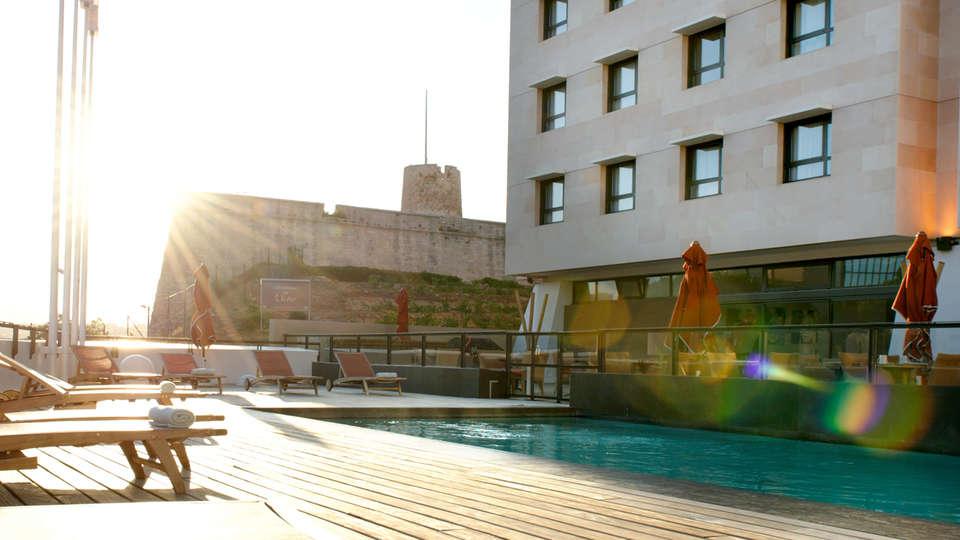 New Hôtel Of Marseille - edit_pool1.jpg