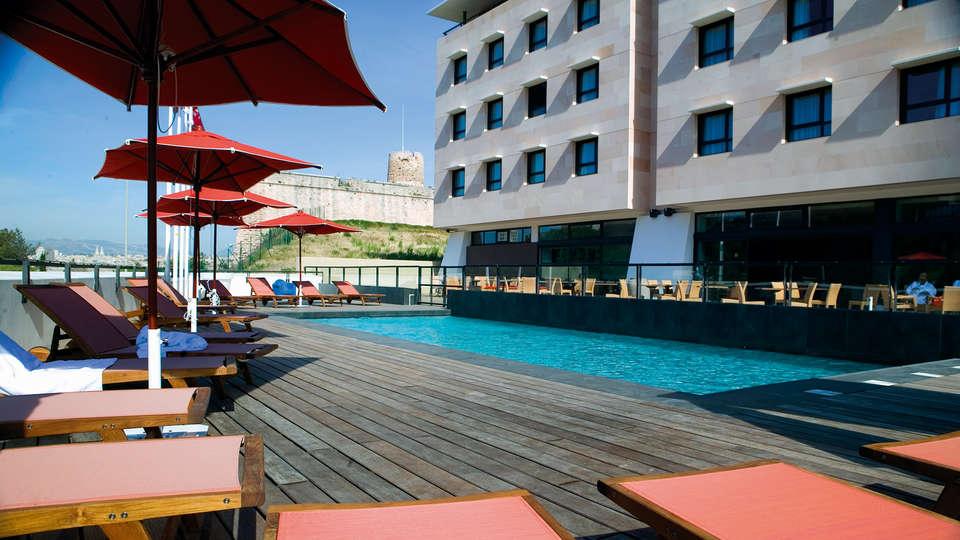 New Hôtel Of Marseille - edit_terras.jpg