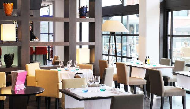New Hotel Of Marseille - restaurant