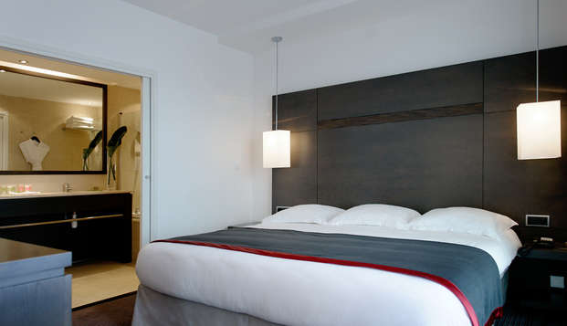 New Hotel Of Marseille - room