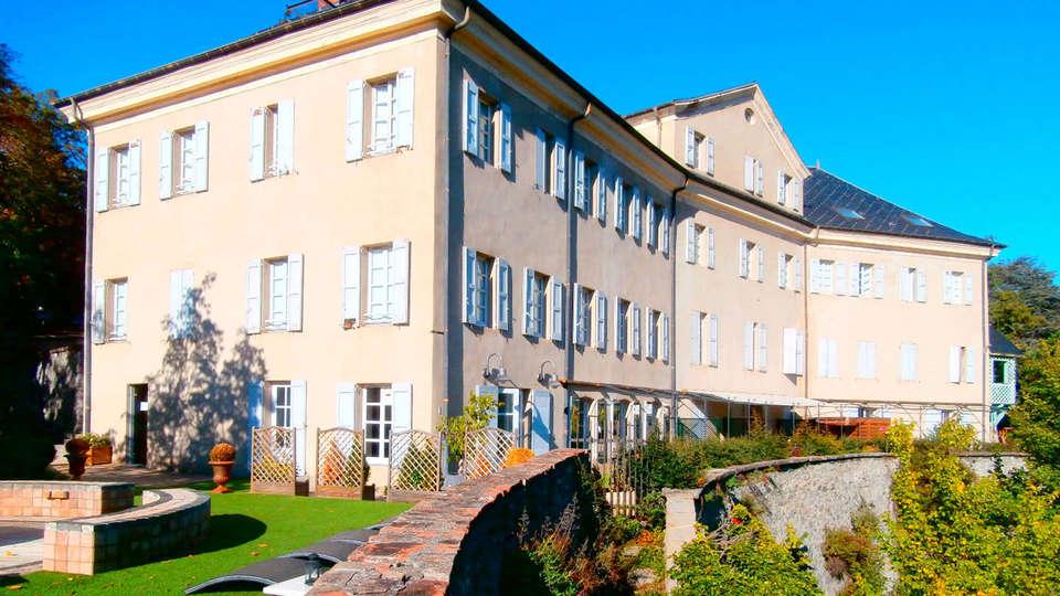 Hôtel Spa La Robéyère - edit_facade1.jpg