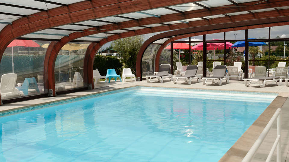 Mercure Cabourg Hôtel & Spa - EDIT_pool.jpg