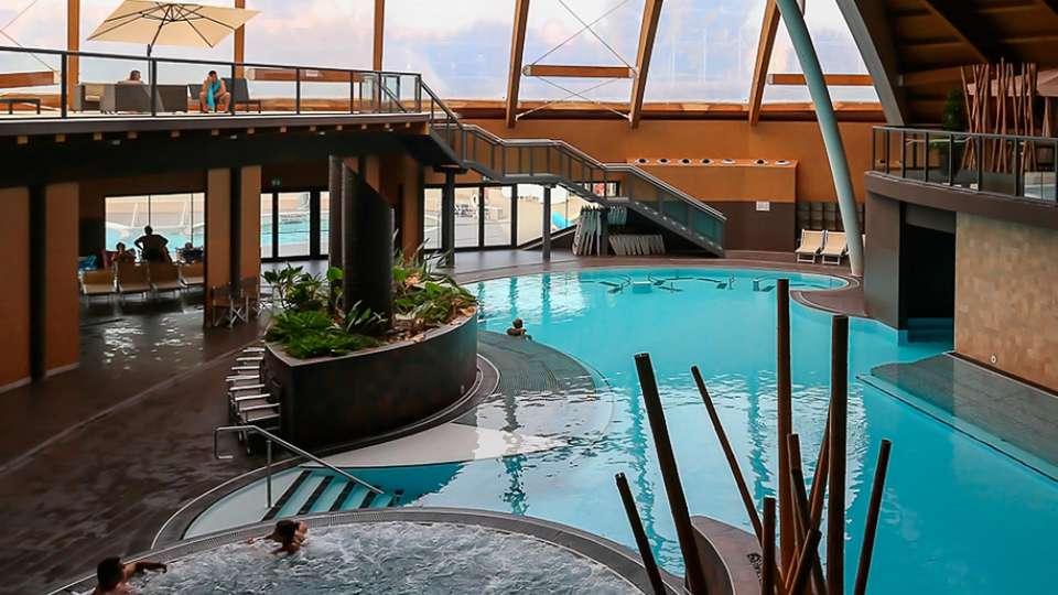 Euro Hotel Residence - edit_aquaworld6.jpg