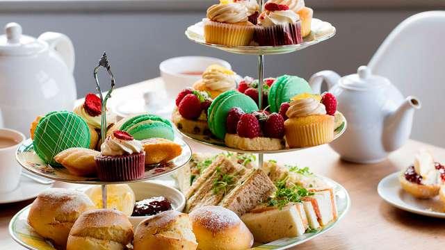 Savourez un délicieux thé dans un hôtel de charme luxeux au cœur de Bruges
