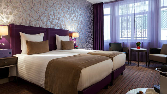 Timhotel Opera Blanche Fontaine