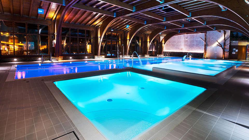 Hotel Anyós Park Hotel Wellness Resort - EDIT_pool2.jpg