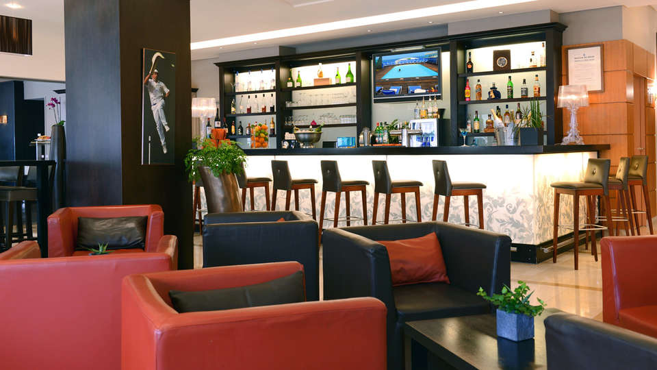 Radisson Blu Hotel Biarritz - edit_bar.jpg