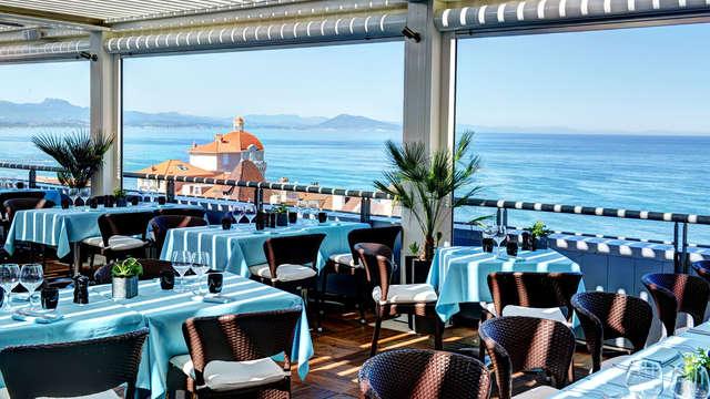 Week-end romantique, en bord de mer, avec dîner en chambre