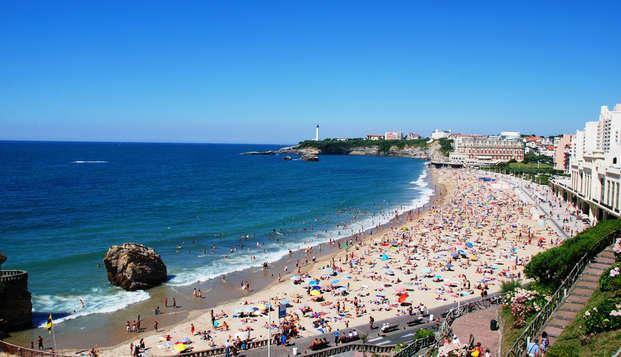 Radisson Blu Hotel Biarritz - Vue-generale-Biarritz-La-Grande-Plage