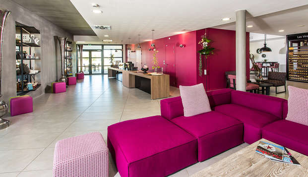 Hotel Thierry Drapeau - reception