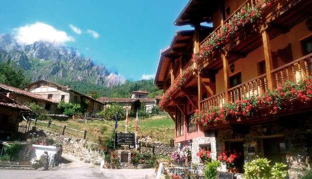Oferta especial: Escapada con Cena y visitas con cata en Los Picos de Europa (desde 2 noches)