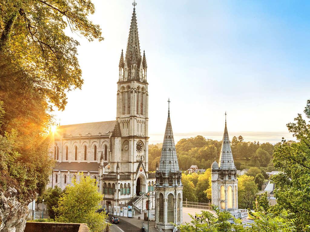Séjour Midi-Pyrénées - À La découverte de la ville historique de Lourdes  - 4*