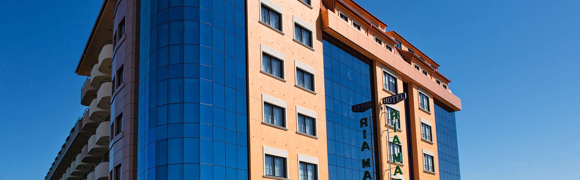 Hotel Ría Mar - Edit_Front.jpg