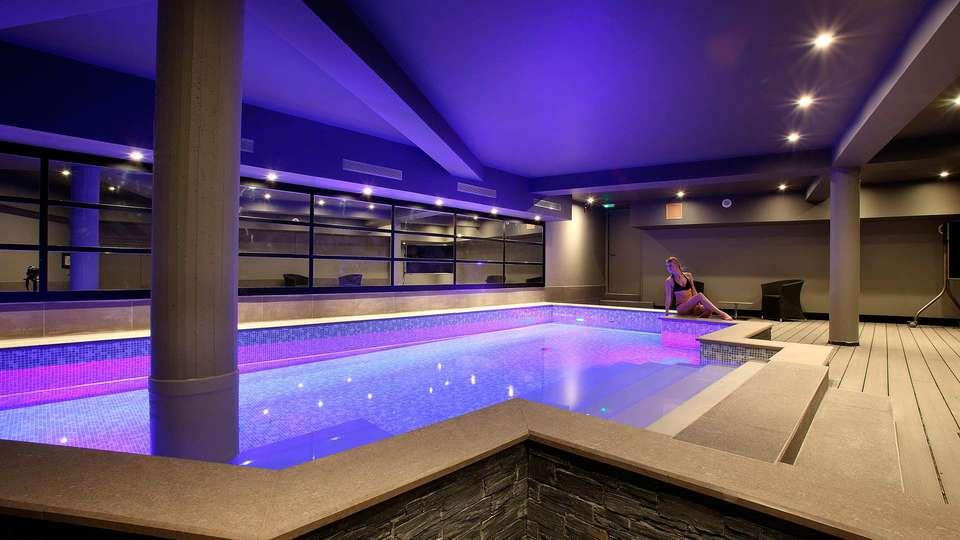 Hôtel le Cinq Hyper Centre Chambéry - edit_spa.jpg