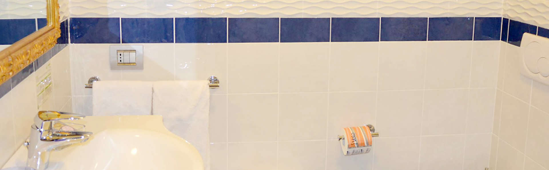 Incantea Resort - Edit_bath.jpg