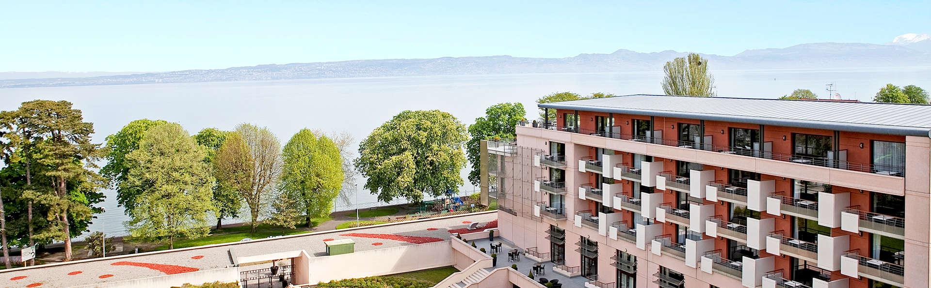 Hilton Évian les Bains - Edit_Front.jpg