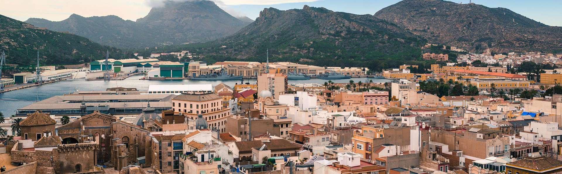Escapada In love: Enamorate en Cartagena navegando por el mar