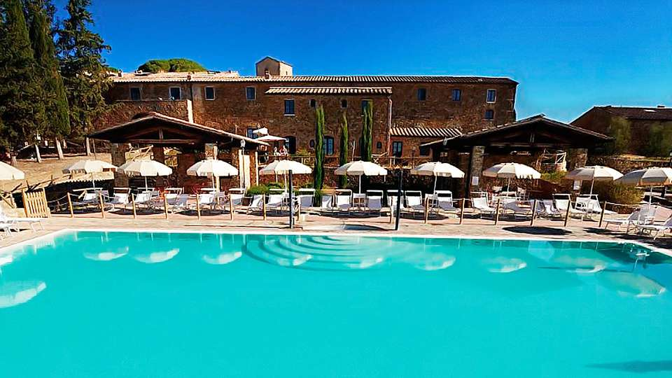 Antico Borgo Casalappi - edit_fa__ade_pool.jpg