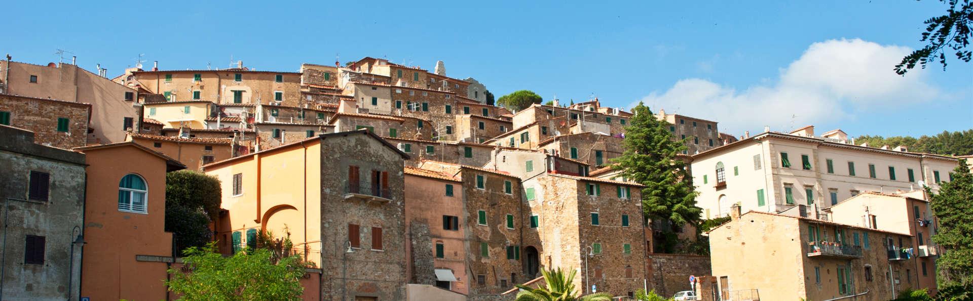 Antico Borgo Casalappi - edit_campiglia-marittima3.jpg