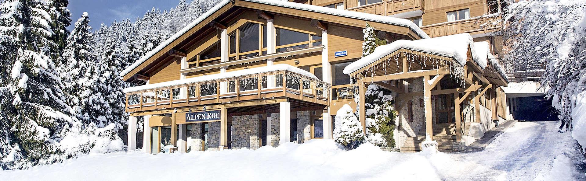 Hôtel Alpen Roc - La Clusaz - Edit_Front.jpg