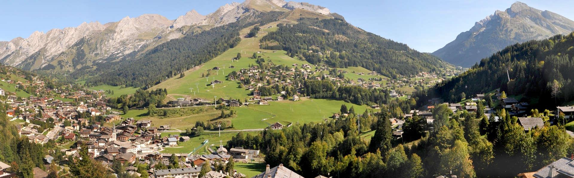 Hôtel Alpen Roc - La Clusaz - Edit_View1.jpg