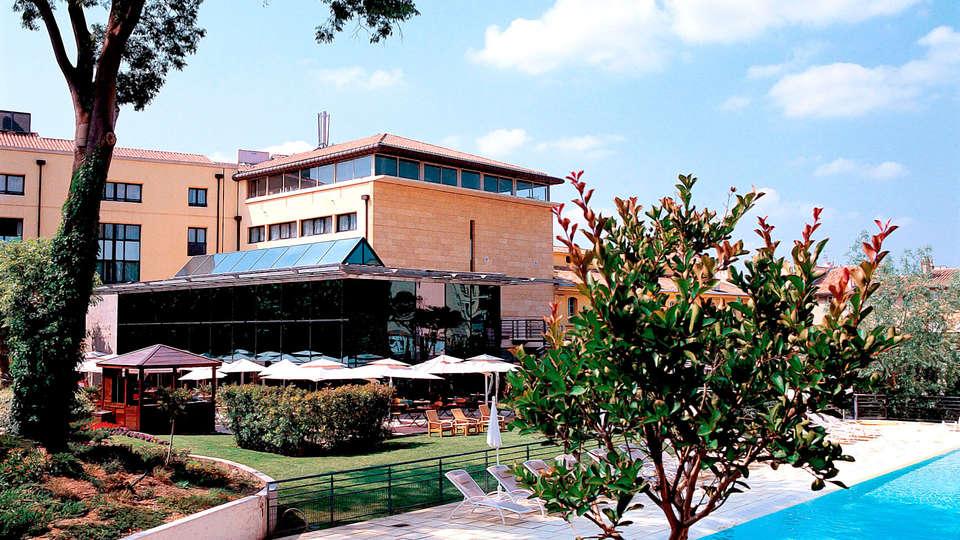Hôtel Aquabella - Edit_Front.jpg
