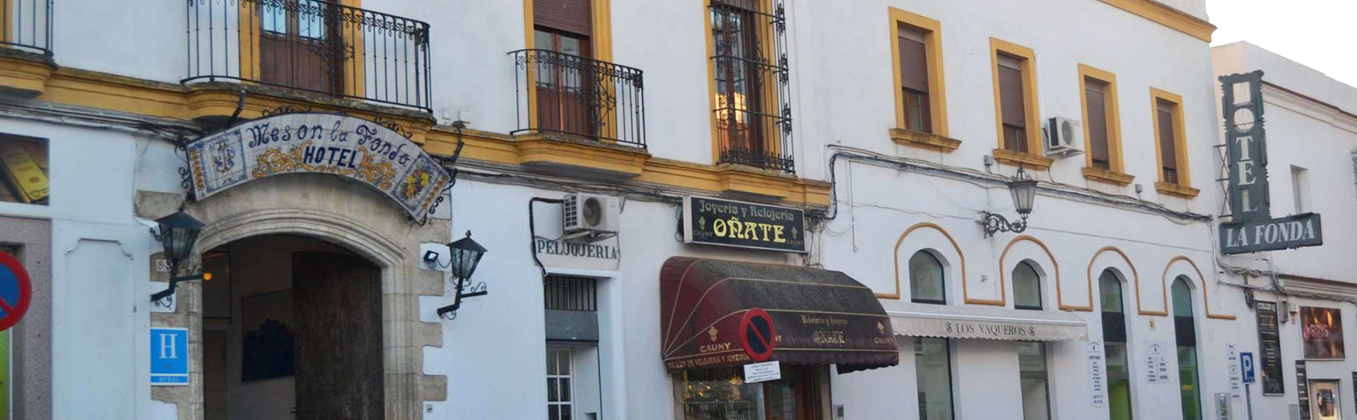Hotel La Fonda del Califa - edit_facade1.jpg