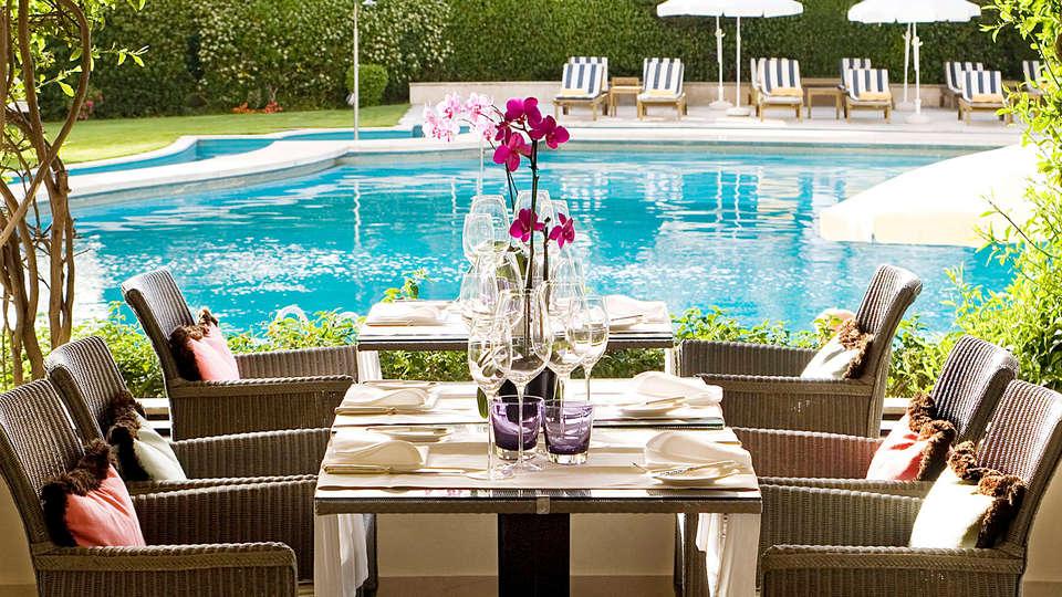 Palacio Estoril Hotel Golf & Spa - edit_pool44.jpg