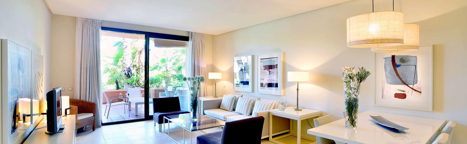 Escápate en apartamento de lujo de hasta 4 personas con desayuno en Sancti Petri
