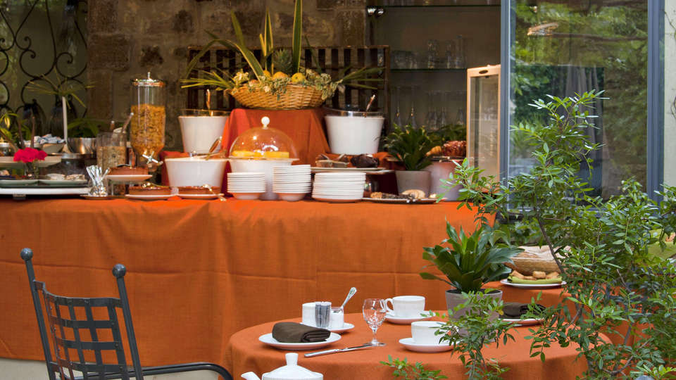 Hostellerie Le Castellas  - edit_breakfast1.jpg