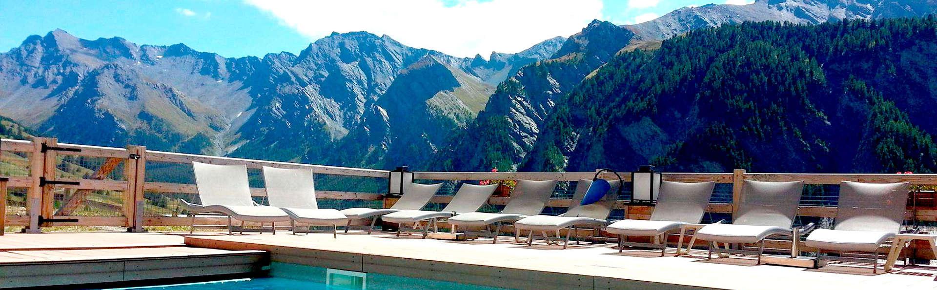 Hôtel et Spa Alta Peyra - Edit_Pool3.jpg