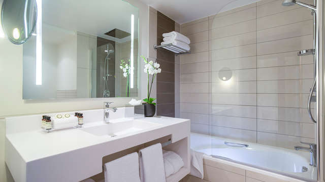 Pullman Paris Centre Bercy - bathroom